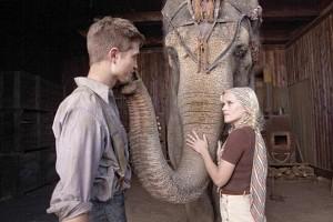 Los protagonistas: Robert Pattinson y Reese witherspoon